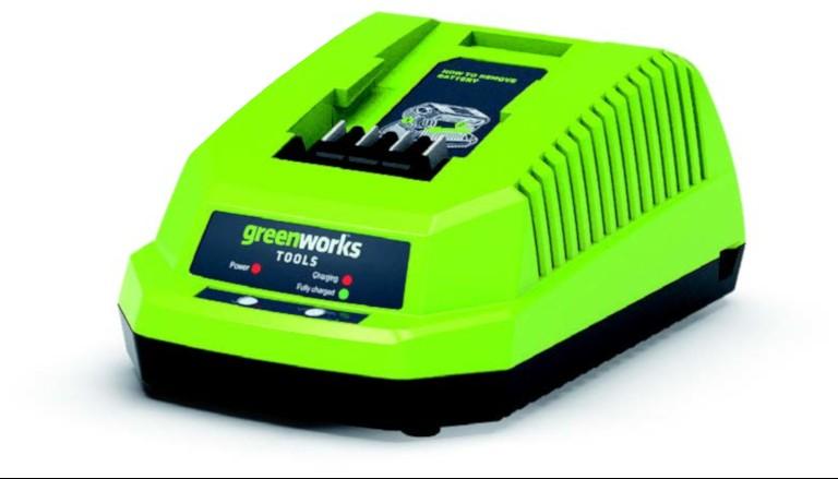 Greenworks RASAERBA A BATTERIA TRAZIONATO 40V 46cm con motore DigiPro CON 2 BATTERIE 2Ah E CARICABATTERIE